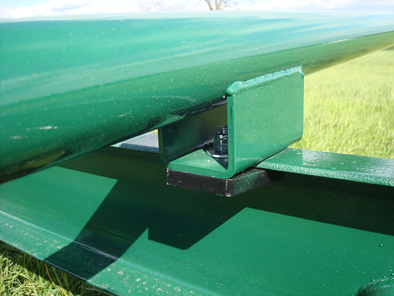 Diller round bale carrier